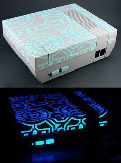 Glowing Tron Nintendo video game console, love it Retro Video Games, Video Game Art, Game Boy, Nintendo 64, Xbox, Nes Console, Ps4, Custom Consoles, Gadgets
