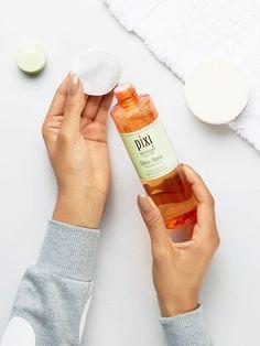 Buy Pixi Glow Tonic at ASOS. Get the latest trends with ASOS now. Toner For Face, Facial Toner, Asos Beauty, Pixi Glow Tonic, Best Toner, Peeling, Glycolic Acid, Skin Cream, Aloe Vera