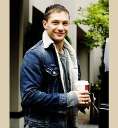 tom hardy- mmmmmm:)