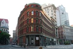 Boston Manpower Building, Franklin and Devonshire street corner. (c) Francois Soulignac Downtown Boston, In Boston, Boston Architecture, Location Scout, City Landscape, 17th Century, Google Images, New England, Poster