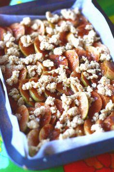 Kinuski-omenapiirakka - Suklaapossu Something Sweet, Macaroni And Cheese, Food To Make, Cereal, Food And Drink, Cupcakes, Treats, Dishes, Cooking