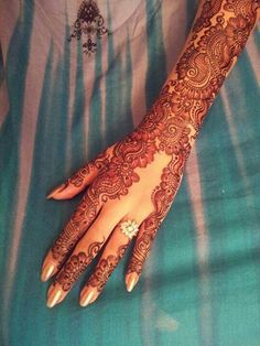 bridal mehndi, show off the bling bling
