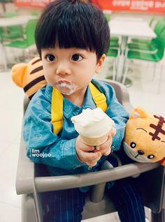 Cute Asian Babies, Korean Babies, Asian Kids, Cute Babies, Cute Little Baby, Little Babies, Little Ones, Kids Boys, Baby Kids