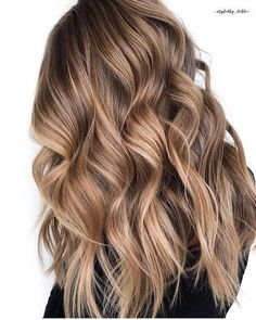 Long Wavy Ash-Brown Balayage - 20 Light Brown Hair Color Ideas for Your New Look - The Trending Hairstyle Cool Brown Hair, Light Brown Hair, Brown Hair Colors, Brown Hair Balayage, Brown Hair With Highlights, Hair Color Balayage, Color Highlights, Balayage Hair Brunette Caramel, Caramel Balayage Highlights