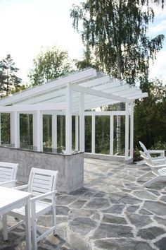 Flagstone, glass shed roof Outdoor Garden Rooms, Outdoor Spaces, Outdoor Gardens, Backyard Patio Designs, Pergola Patio, Outside Living, Outdoor Living, Small Buildings, Back Patio
