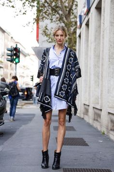 How to wear a cape like a model : MartaBarcelonaStyle's Blog