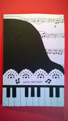 Biglietto compleanno musicale / pianoforte