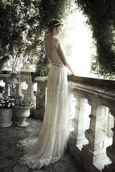 Fairytale fashion fantasy / karen cox.  ♔