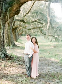 Southern engagement at Wormsloe Plantation captured by The Happy Bloom. See more on Savannah Soiree: http://www.savannahsoiree.com/journal/charming-savannah-engagement-at-wormsloe-plantation