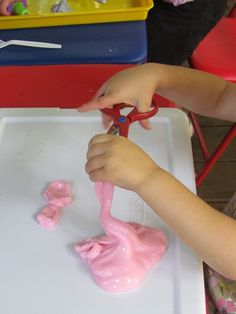 Easy recipe for slime brought to you by our preschoolers | Teach Preschool