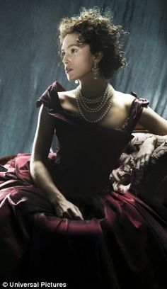 Keira Knightley as Anna Karenina. Played at Toronto Film Festival .. soon 2B released in North America