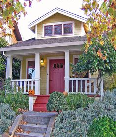 I really love these small houses that the Tumbleweed Tiny House Co makes -all under 1000 sq feet. Cottage Style House Plans, Small House Plans, Beach Cottage Style, House Floor Plans, Mini Houses, Small Houses, 900 Sq Ft House, Small Cottages, Beach Cottages