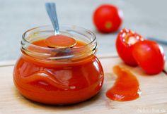 Fotorecept: Domáci jemne pikantný kečup Pesto, Honey, Canning, Food, Anna, Essen, Meals, Home Canning, Yemek