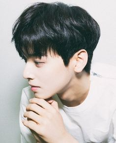 S not the visual for nothing pretty men cha eun woo astro Astro Eunwoo, Cha Eunwoo Astro, Korean Men Hairstyle, Korean Haircut, Kpop Hairstyle, Boys Undercut, Lee Dong Min, Renz, Korean Boy