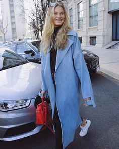 Street style: Mega babe, model and Victoria's Secret Angel, Romee Strijd, wears the Royale sneaker in Blanco - $159. #beoneofthegreats