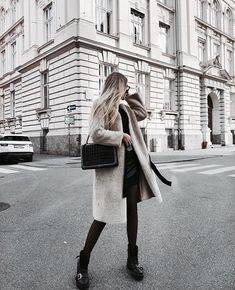 Pinterest | ivoryandaurora  Instagram | theavilagirls