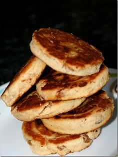 Welsh cakes are made from flour, sultanas, raisins and / or currants and may include spices such as nutmeg or cinnamon, served hot or cold with a dusting of caster sugar