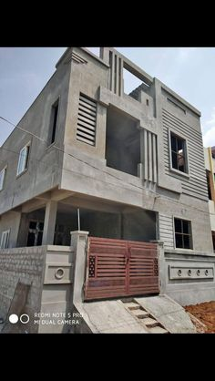 house elevation, islamabad house elevation, Pakistan house elevation - Her Crochet House Front Wall Design, House Gate Design, Duplex House Design, Small House Design, Modern House Design, Duplex House Plans, Independent House, Front Elevation Designs, House Elevation