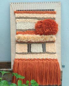 """213 Me gusta, 42 comentarios - Edurne (@artilez_tejiendo_emociones) en Instagram: """"~ TAPIZ NARANJA ~  Le he cogido gusto a ponerle nombre a algunos tapices.  No me he roto demasiado…"""" Blanket, Bed, Instagram, Tapestries, Weaving Looms, Orange, Tejidos, Stream Bed, Rug"""