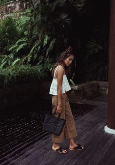 Bali Bali Pt 1 Sincerely Jules is part of Bali fashion - Bali Fashion, Look Fashion, Fashion Outfits, Beach Style Fashion, Korean Fashion, Fashion Tips, 2000s Fashion, Fashion Hacks, Fashion Today