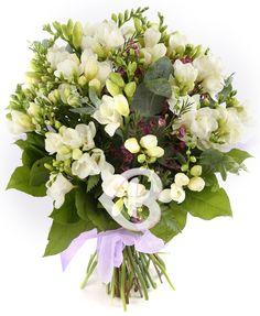 35 Frezii albe decorate Floral Wreath, Wreaths, Home Decor, Floral Crown, Decoration Home, Door Wreaths, Room Decor, Deco Mesh Wreaths, Home Interior Design