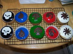 Magic: The Gathering cupcakes