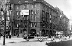 Germany, Berlin: KaDeWe department store. Around 1930