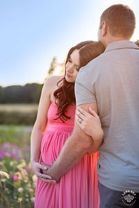 Lady in Pink - Maternity Session - Lana Sky Photography