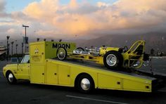 MoonEyes dragster and hauler