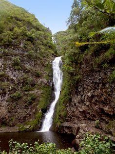 Mooula Falls - Molokai - Hawaii