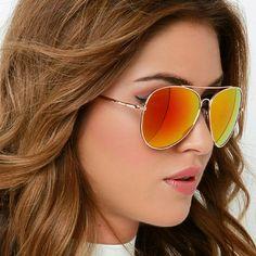 Mirrored Aviator Sunglasses Mirrored Aviator Sunglasses Size : Width:5.5inch/ Height: 2inch Accessories Sunglasses