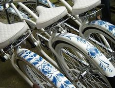 While indulging my new appreciation for #Delft pottery, I spotted these hand painted delft blue bicycles. Wow! I'd love to do this to an old #Schwinn bicycle!