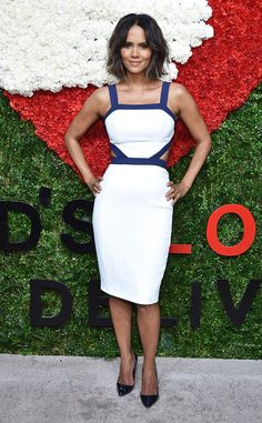Halle Berry Debuts Bob Haircut, Looks Stunning Per Usual?Check It Out! | E! Online Mobile