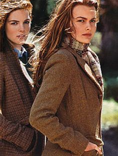 """Tweed... Class! """" look darling we are yet again being photographed ?!!"""""""