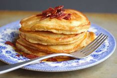 Brown Sugar Pancakes with Bacon Maple Butter Traditional pancakes get a wake up call with the addition of brown sugar and bacon maple butter. Brown Sugar Pancakes will become your favorite breakfast. Breakfast And Brunch, Breakfast Pancakes, Breakfast Dishes, Breakfast Recipes, Breakfast Ideas, Second Breakfast, Vegetarian Breakfast, Yummy Pancake Recipe, Tasty Pancakes