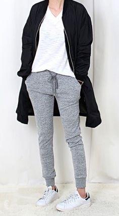 MINIMAL + CLASSIC: casual lounge wear