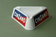 Juegos, juguetes y artículos antiguos- Cenicero Cinzano