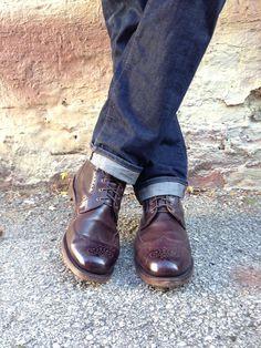 A Guide to Dress Boots (featuring Allen Edmonds Dalton) - Iron and Tweed Dapper Gentleman, Dapper Men, Modern Gentleman, Versace Men, Gucci Men, Smart Casual Outfit, Men Casual, Dress With Boots, Jeans And Boots