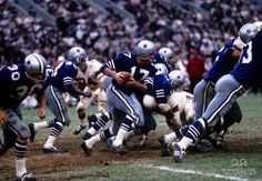 A quarterback sneak by Don Meredith against the St. Louis Cardinals at Busch Stadium in St. Louis. This 1966 game ended in a 10-10 tie. I always loved these Royal Blue uniforms.
