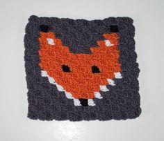 Corner to Corner Crochet Fox Block - thefriendlyredfox.com