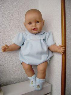 Antique Dolls, Vintage Dolls, Sweet Memories, Childhood Memories, Reborn Baby Dolls, Baby Furniture, Vintage Advertisements, Baby Toys, Doll Toys