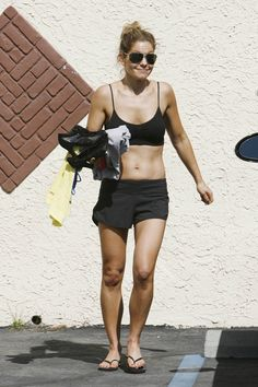 Candace Cameron Bure Flaunts Toned Abs at Dancing With the Stars Practice (PHOTOS)