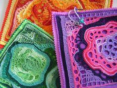 freeform crochet: bolsas várias - various pouches by saraaires (quartodeideias) Freeform Crochet, Crochet Granny, Irish Crochet, Crochet Motif, Crochet Hooks, Free Crochet, Knit Crochet, Crochet Flowers, Crochet Handbags