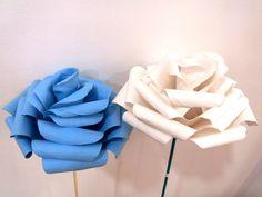 Rosas gigantes em papel