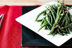 Simple Garlicky Green Bean Stir Fry