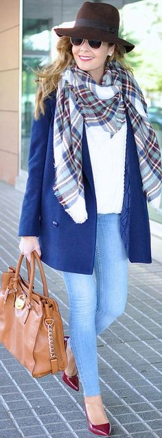 Plaid Scarf Fall Street Style Inspo by Te Cuento Mis Trucos.