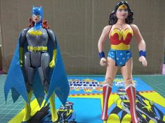 Modern Toys, Old School Toys, Dc Characters, Custom Action Figures, Batman And Superman, Old Toys, Batgirl, Heroines, Dc Universe