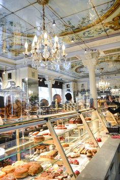 Best Places to Eat in Paris France - Travel - Lace and Grace