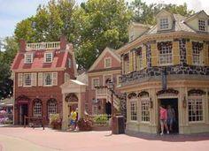 Christmas Shoppe, Liberty Square, Magic Kingdom, Walt Disney World