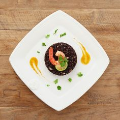 ingredientista: Black rice Venere with coconut oil and shrimps